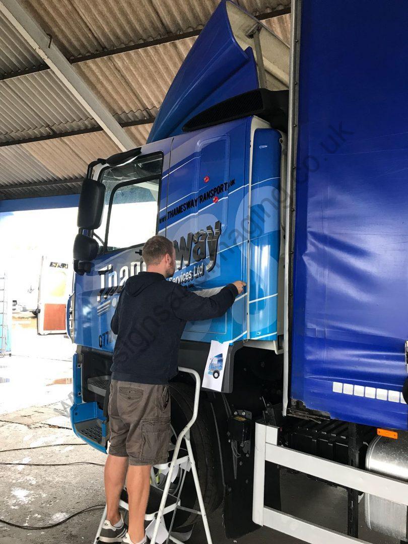 Thameside Transport Lorry Wrap Aug 18-04